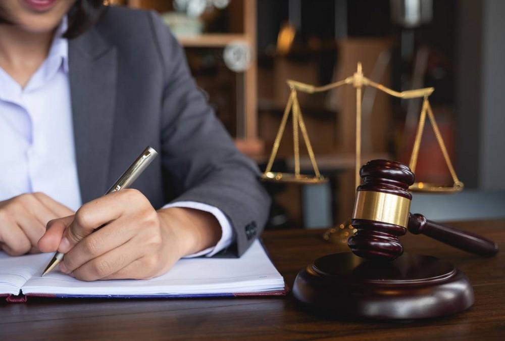 Métier d'avocat : quelles en sont les contraintes ?